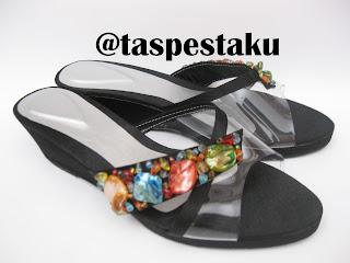 Sandal Pesta Wedges Cocok Untuk Ibu Hamil Model Mika dan Payet Kerang