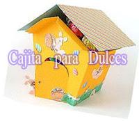 http://comohacermaquetas.blogspot.pe/2016/02/cajita-para-bombones-dulces.html