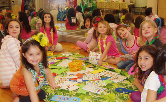 Aloha Style Dance If Youre Looking For A New And Unique Birthday Party Idea Your Child Have It At Entertainment That Includes The Limbo