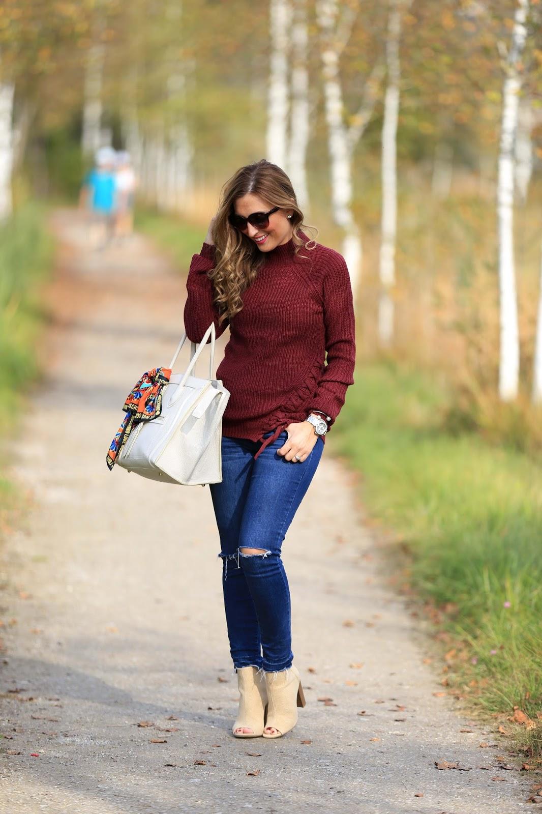 My Colloseum - Herbstlook - Fashionstylebyjohanna - Musthaves im Herbst - Bordeaux - Beige- Pulloiver in Bordeaux - Bordeaux Bloggerpulli - Was ziehe ich im Herbst an- Fashionstylebyjohanna- Fashionblogger aus Deutschland -
