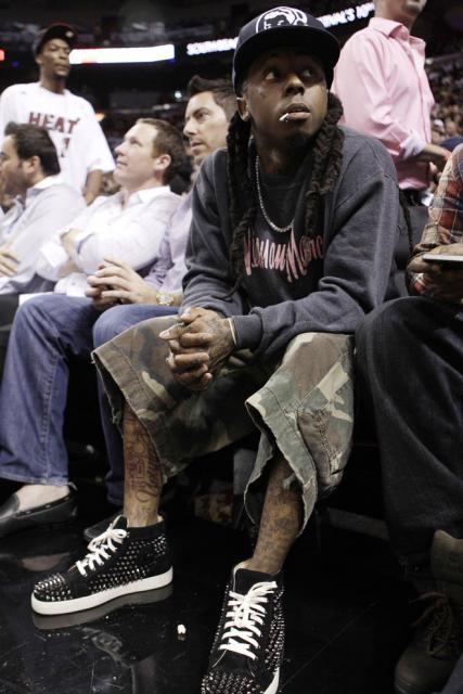 Lil Wayne was spotted wearing a pair of Christian Louboutin sneakers. The Louboutin  sneakers are popular among rappers and this is the first time Lil Wayne ... 4401f39ac