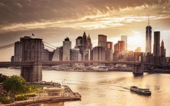 Wallpaper: Cityscape Manhattan Bridge & Skyscrapers