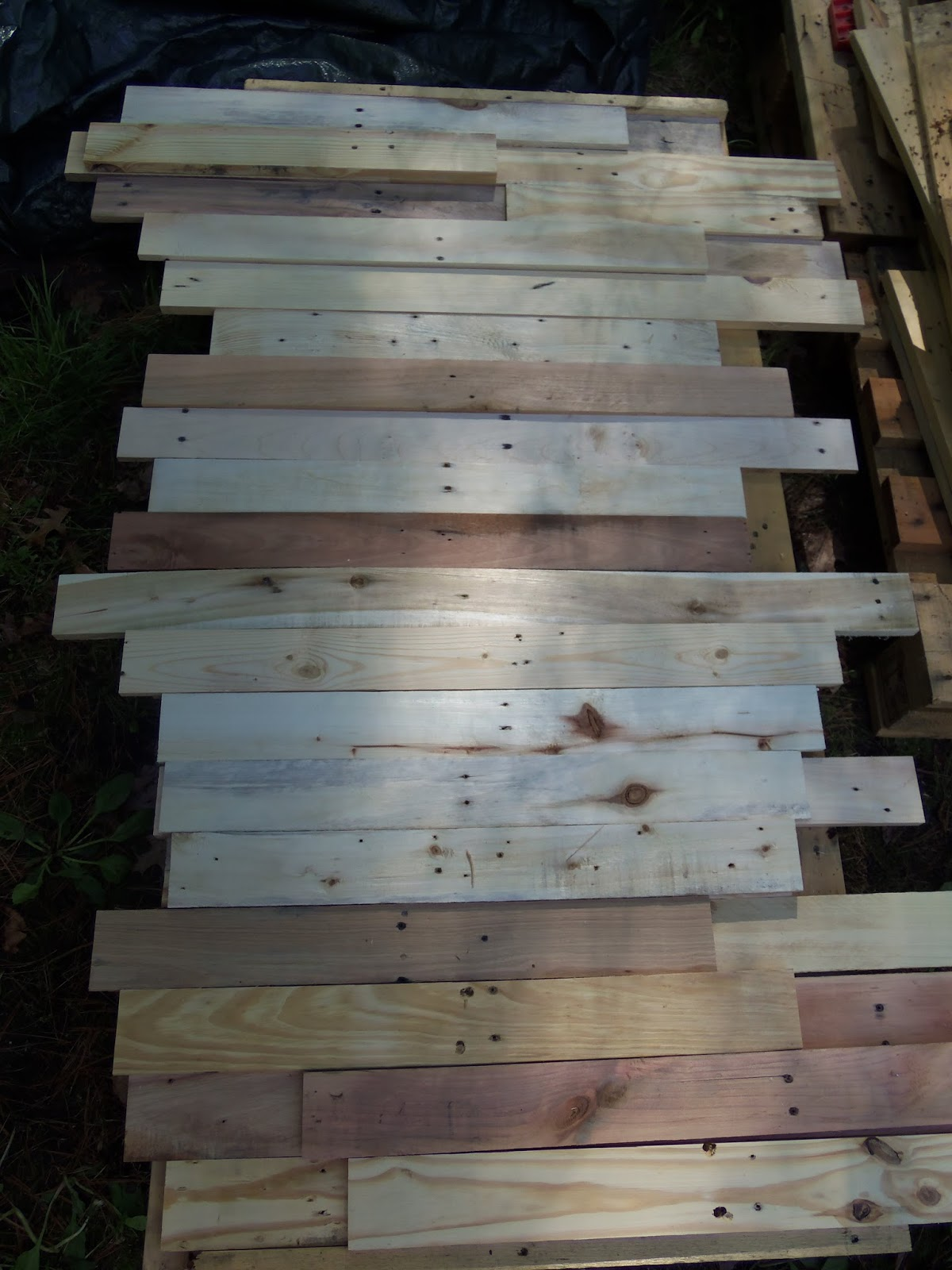 Another Tiny House Story: A Closer Look At Pallet Siding