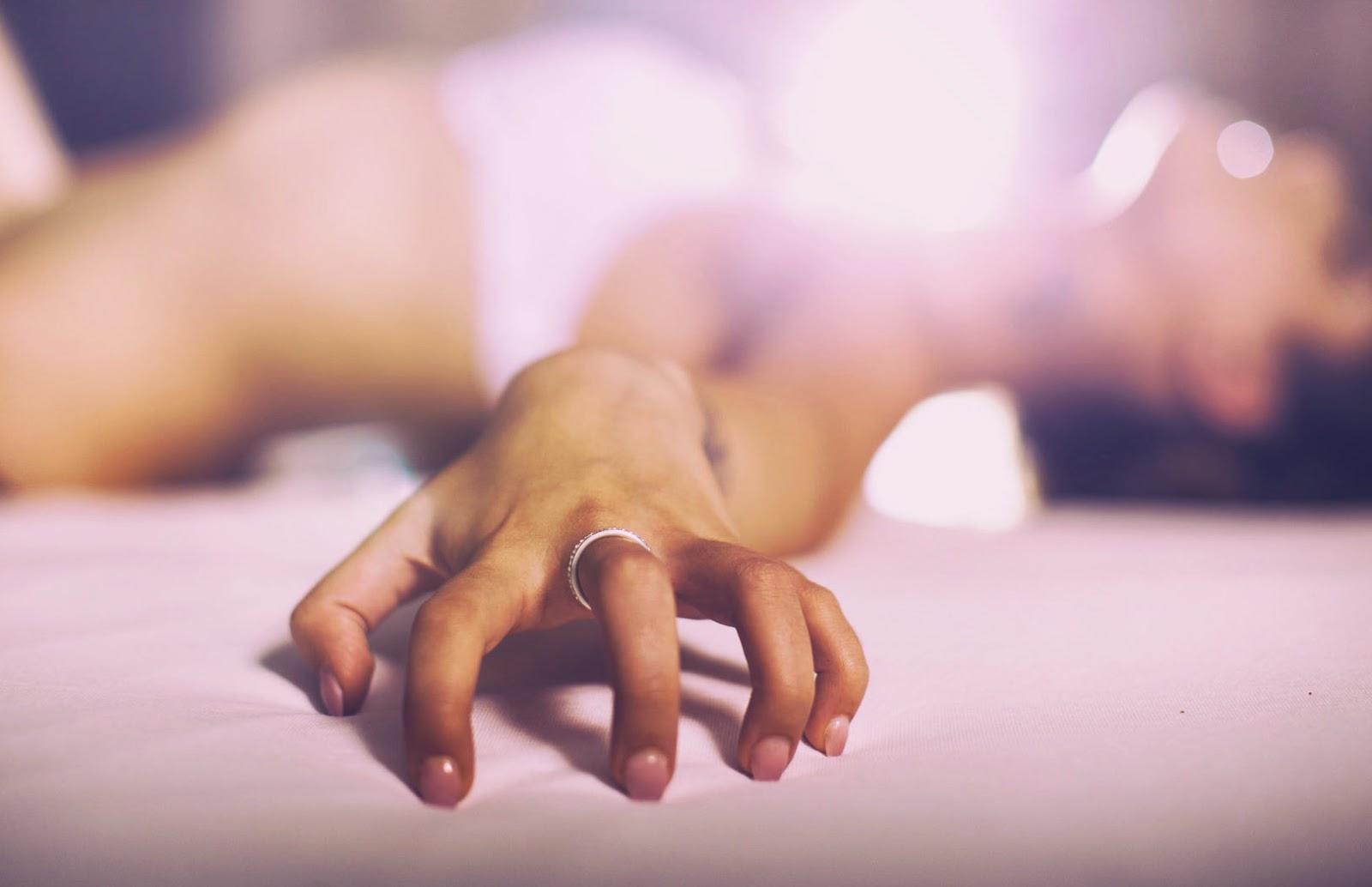 Видео нежный куни секс человек