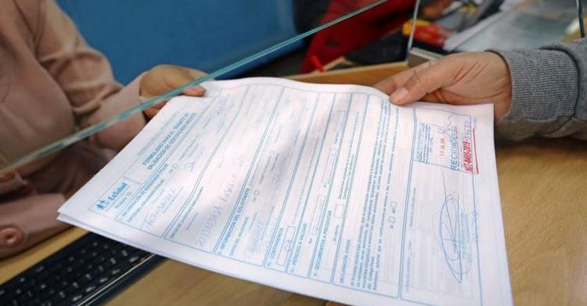 Advierten que certificados de descanso médico fraudulentos dan lugar a denuncia penal y despido