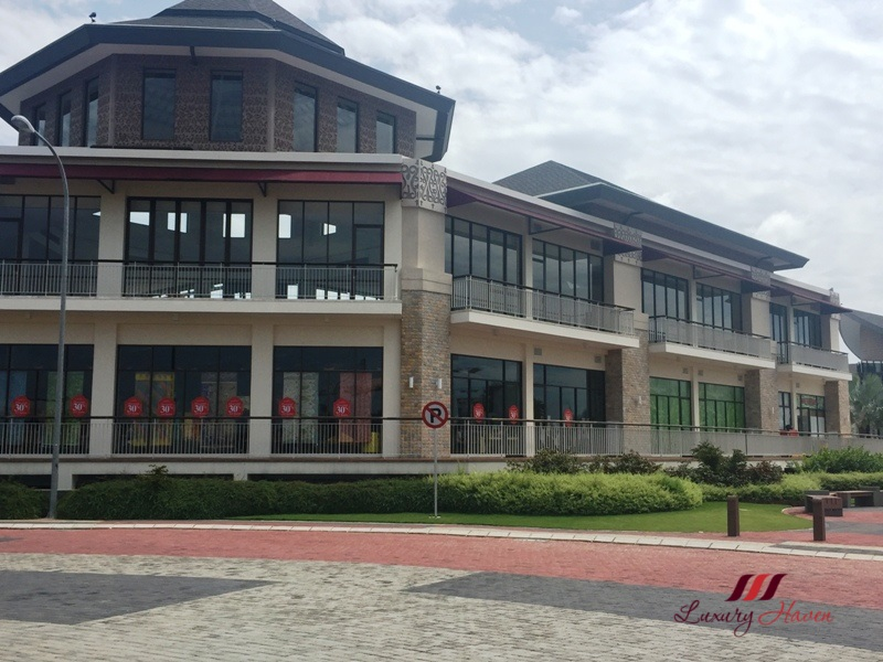 indonesia bintan resorts shopping plaza lagoi