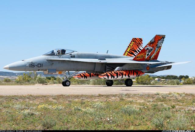 Cazas de 5ª generación y aviones de combate no tripulados, los sustitutos del F-18 en España