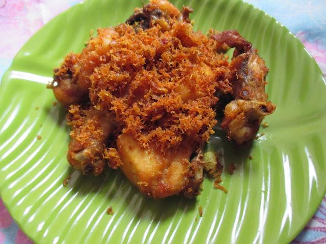 Resep Ayam Serundeng Goreng Gurih