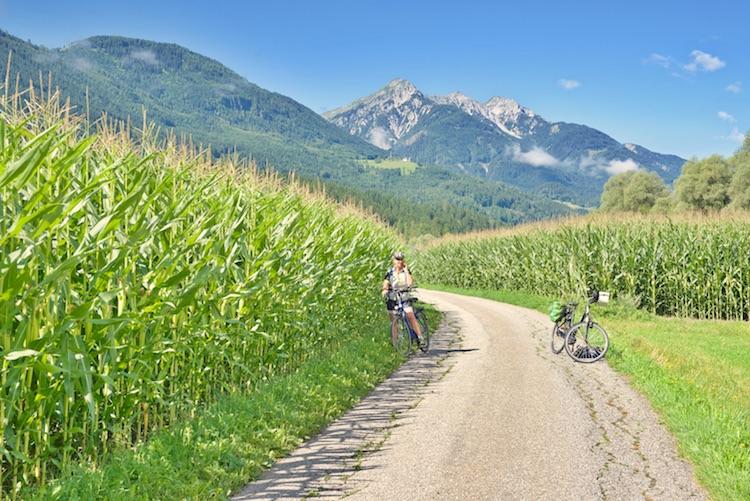 Austria, Karyntia, Karyntia co warto zobaczyć, Karyntia wakacje, Karyntia jeziora, Karyntia mapa turystyczna, Karyntia latem, Villach co zobaczyć, Podróże, Karyntia Austria narty, Austria na rowery