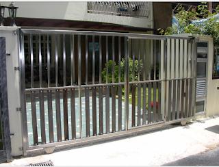 pagar rumah model minimalis bahan stenlis