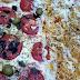 Pizzas saborosas mesmo tendo uma quantidade de recheio moderada, com um preço bem aceitável... comendo Uma Pizza 1/2 Pepperoni 1/2 Calabresa + Uma pizza 1/2 Marguerita 1/2 Frango com Catupiry em Baruk Pizzaria Delivery.