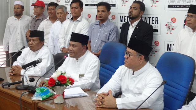 Parah, MK Izinkan Eks Terpidana Korupsi Abdullah Puteh Ikuti Pilkada Aceh