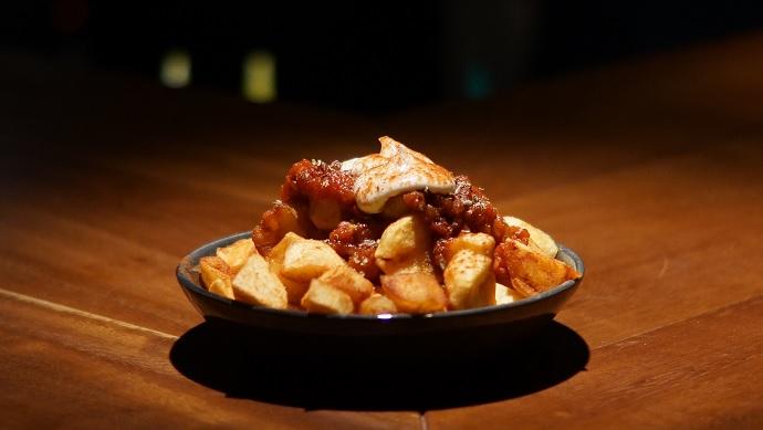 moro-patatas-bravas-usengecsef
