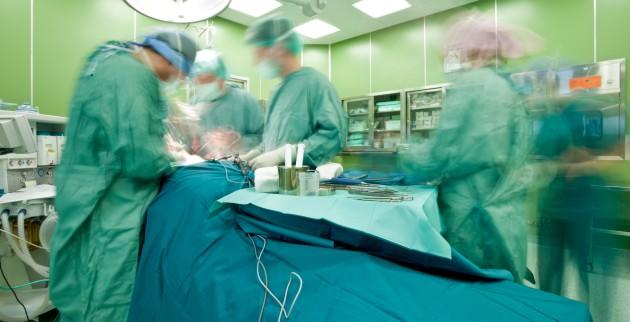 Έκοψαν το ρεύμα σε κλινική εν ώρα χειρουργείων λόγω χρεών!