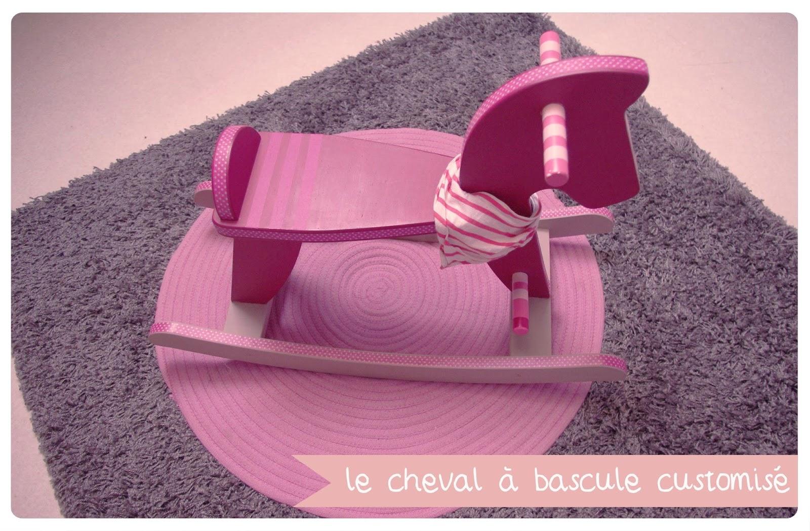chez lee lou day 11 le cheval bascule customis chez cette fille. Black Bedroom Furniture Sets. Home Design Ideas
