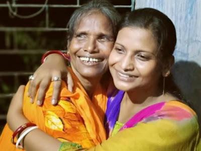 Ranu-Mondal-with-daughter