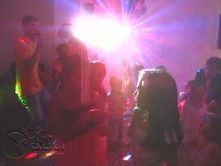 recreacionistas-medellin-chiquiteca-efectos-de-luces-para-fiestas-infantiles-5