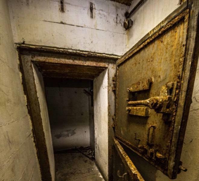 Descubren un búnker secreto de Hitler. Escondió un tesoro increíble antes de suicidarse 14