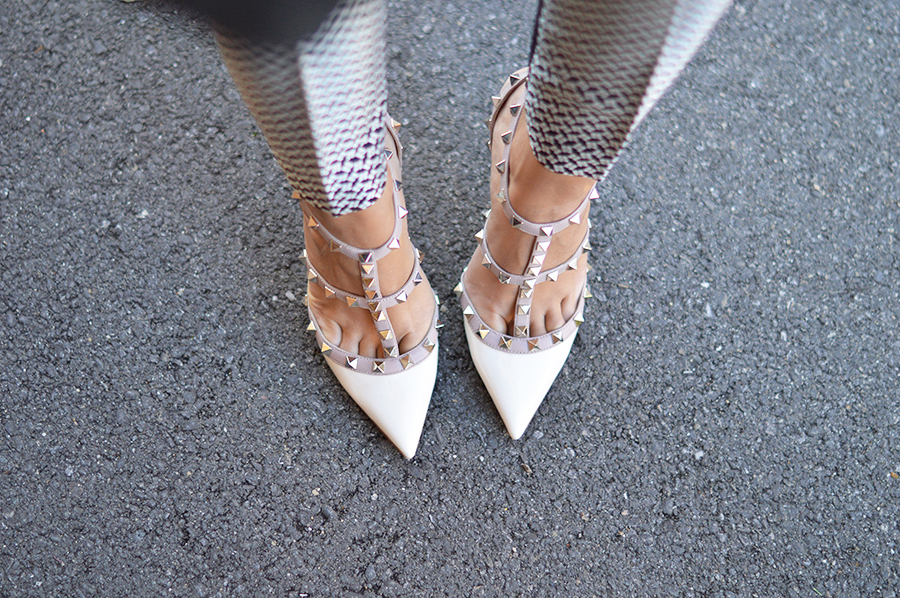 117985718a49 White Valentino Rockstud Shoes