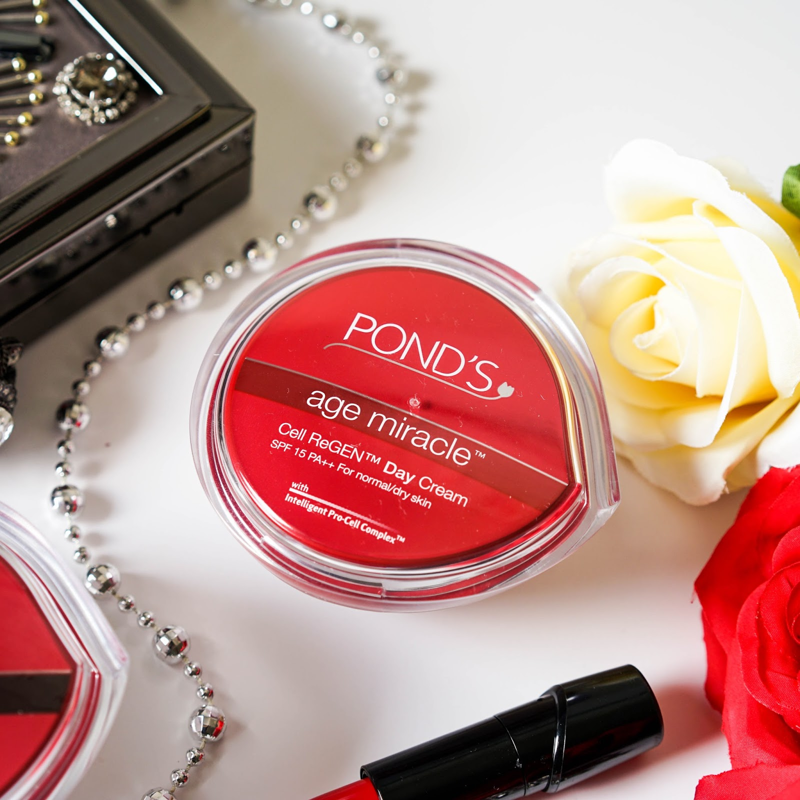 how to use ponds age miracle day cream