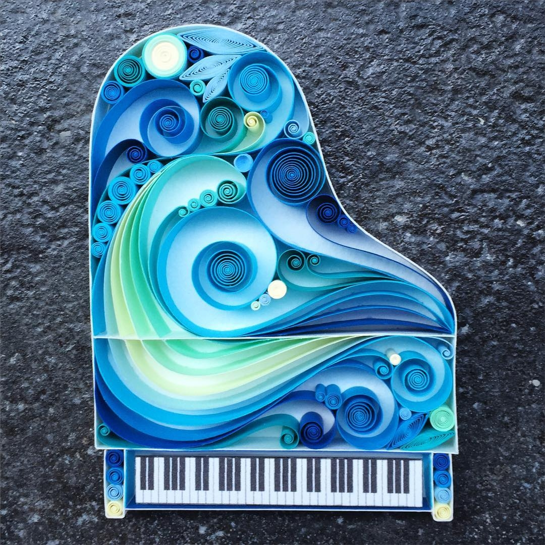 04-Piano-Sena-Runa-Beautiful-Designs-Accomplished-with-Paper-Quilling-Art-www-designstack-co