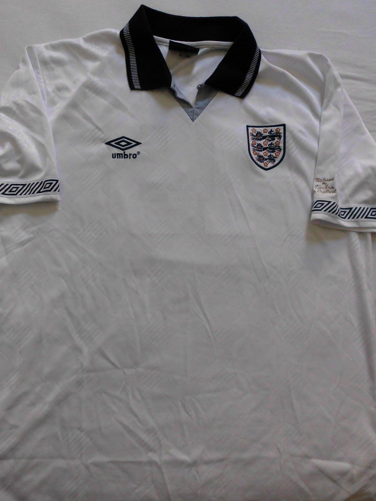 Camisaria Futebol Clube  Camisa retrô da Inglaterra 1990 fec4c0cb5e378