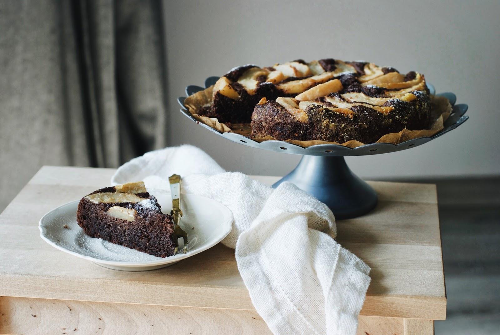 Czekoladowe ciasto z gruszkami wilgotne bez mąki