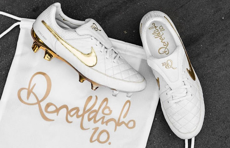 sale retailer 660b1 3f8af Compared to the Nike Mercurial Superfly CR7 Rare Gold Boots (up to 3000  USD) its still moderate.