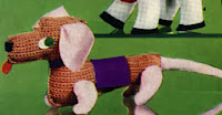 http://translate.googleusercontent.com/translate_c?depth=1&hl=es&rurl=translate.google.es&sl=en&tl=es&u=http://freevintagecrochet.com/toy-patterns/coats318/dachshund-toy-pattern&usg=ALkJrhiY2YD7VH4KgKgS3zTVBgGMzMSexA