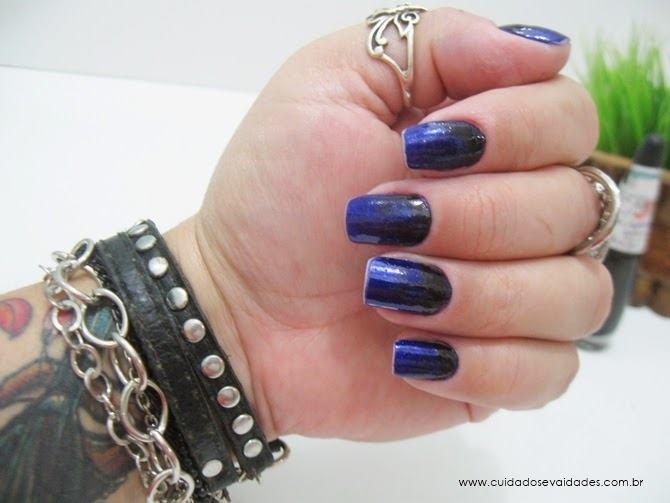 Unhas Degrade Azul Marinho com Preto