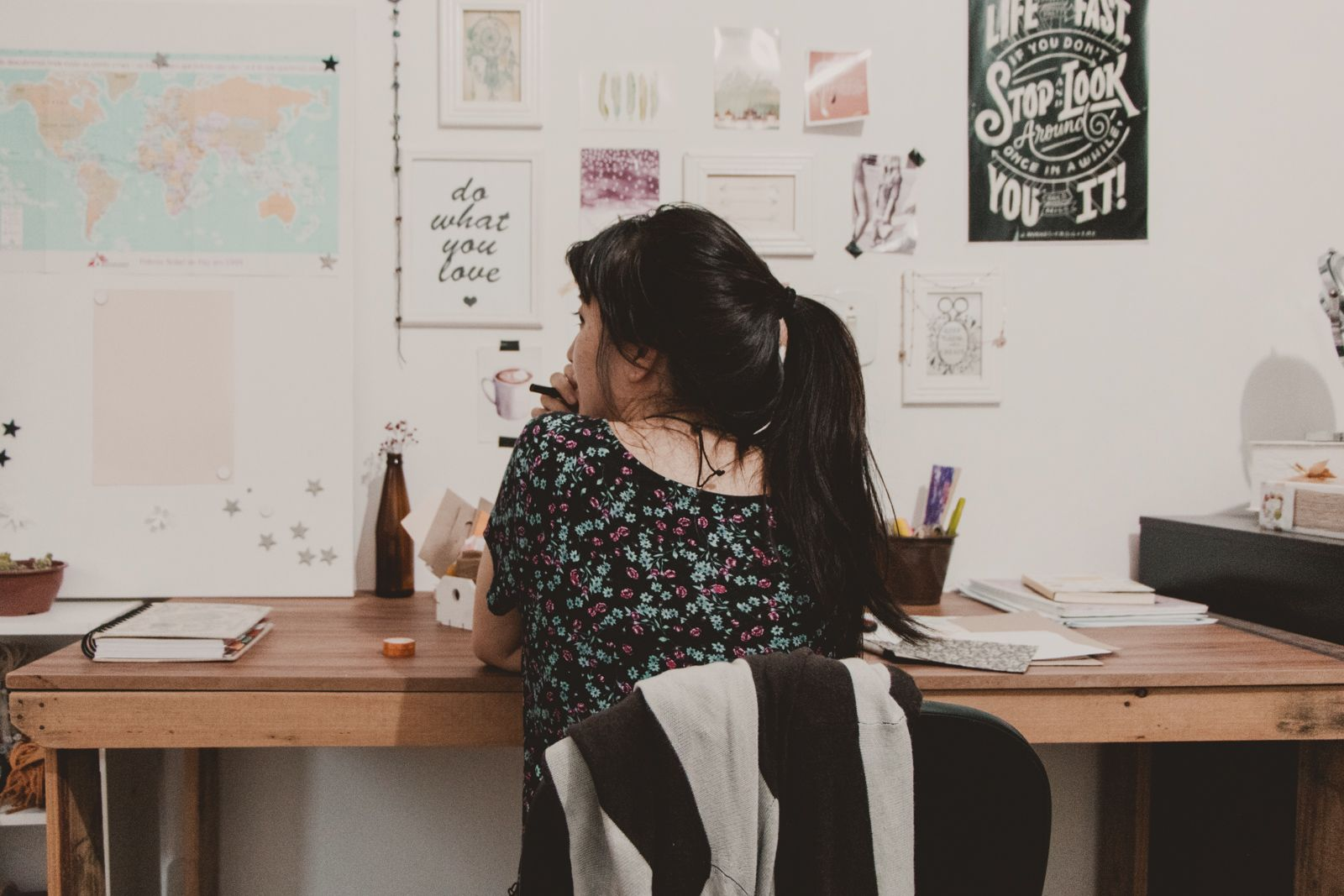 Como trabalhar no comércio sendo introvertido