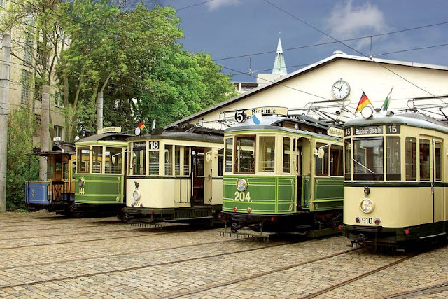 Historische Straßenbahnen fahren wieder