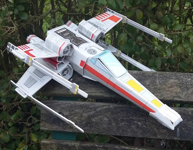 Star Wars and World Book Day - Review and Giveaway Starfighter workshop xwing model