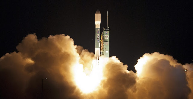 delta ii rocket successfully launches noaa s jpss 1 satellite