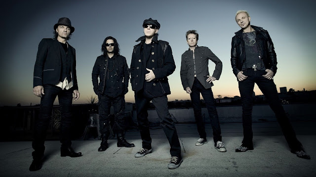Lirik Lagu Freshly Squeezed ~ Scorpions