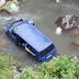 Kombi u kojem su bili bili putnici iz Tuzle sletio u rijeku, poginuo vozač