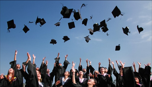 Kiat Memilih Perguruan Tinggi