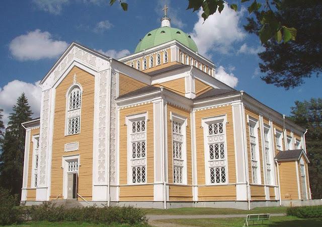 maior igreja de madeira do mundo