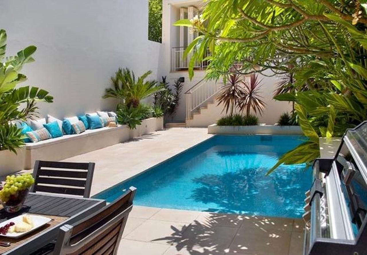 Decor me 10 piscinas para refugiarse del calor for Pool backyard design