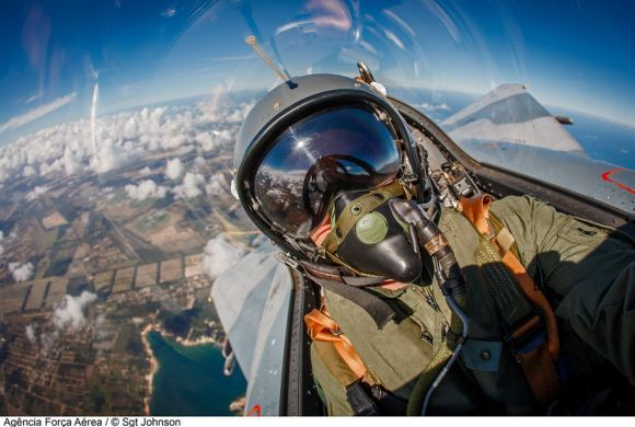 Pilot Mirage 2000 Brazil foto selfie