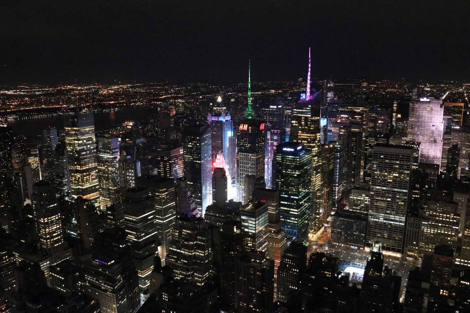 Times Square Empire State Buildingista kuvattuna