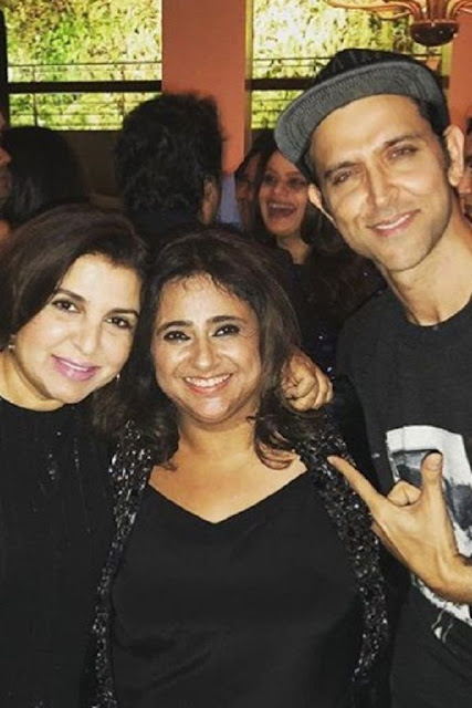 hrithik_roshan_and_farah_khan_at_mannat