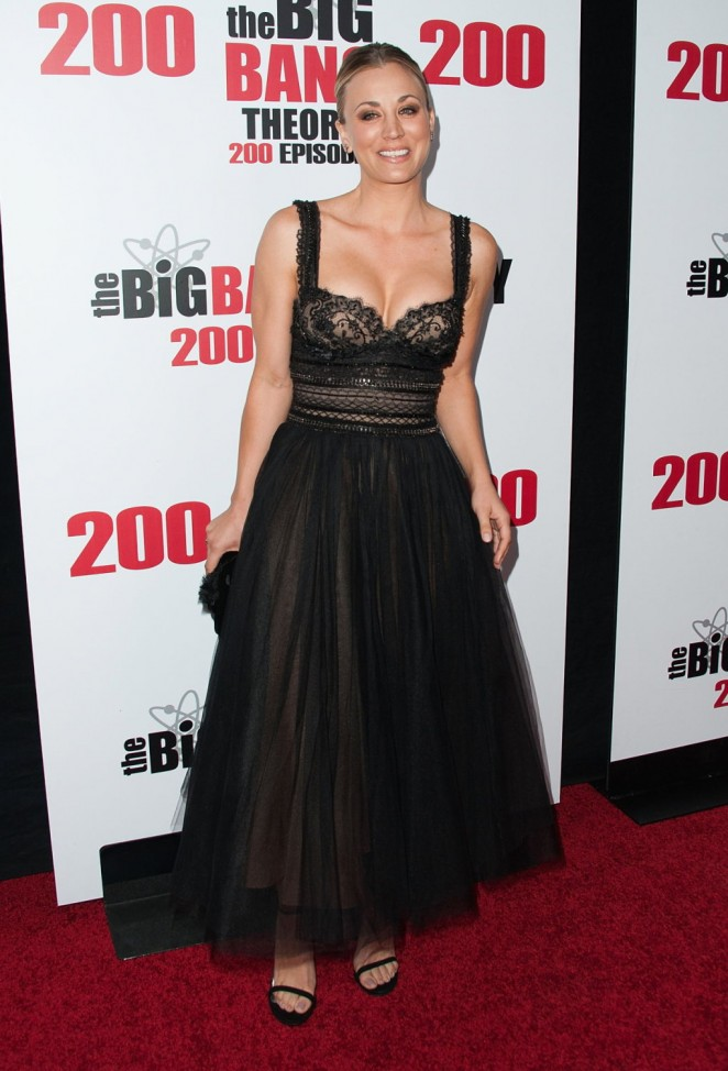 Kaley Cuoco puts curves on show for The Big Bang Theory 200th Episode Celebration