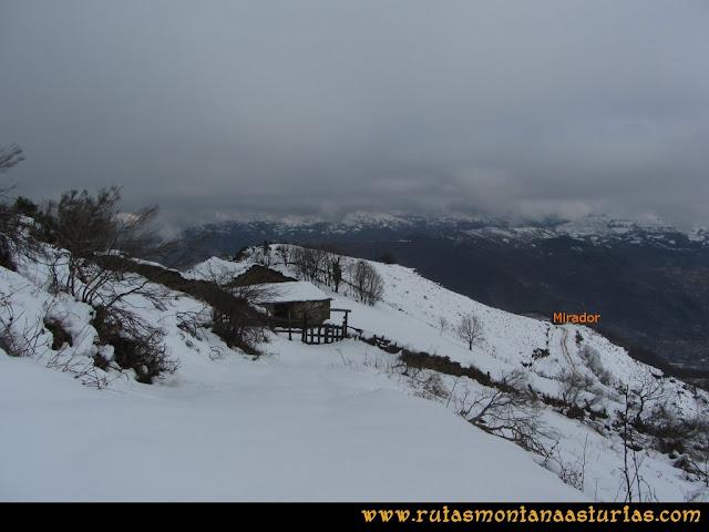 Pico Ranero: Subiendo al Ranero, abajo el mirador
