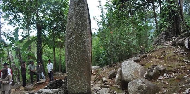 foto situs megalitik cengkuk