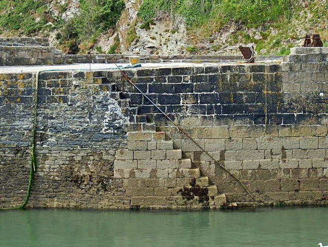 Harbour Wall Charlestown, Cornwall