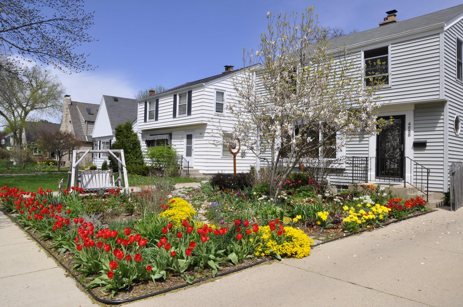 Making a Grassless Front Yard on Grassless Garden Ideas  id=44345