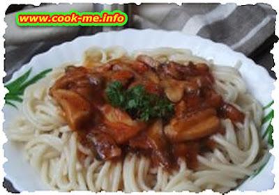 Mushroom sauce spaghetti