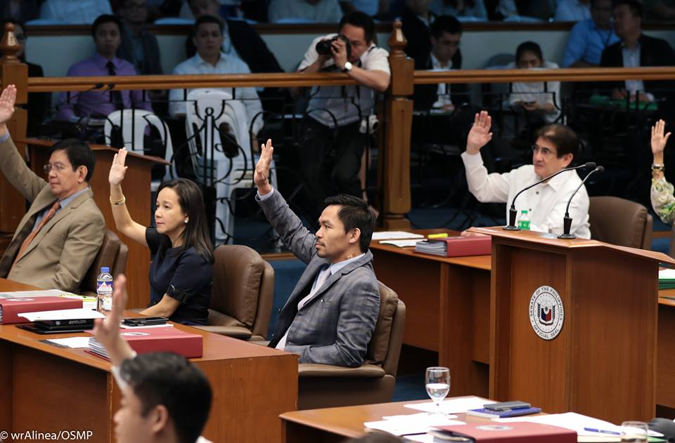 Pacquiao motion oust LP senators