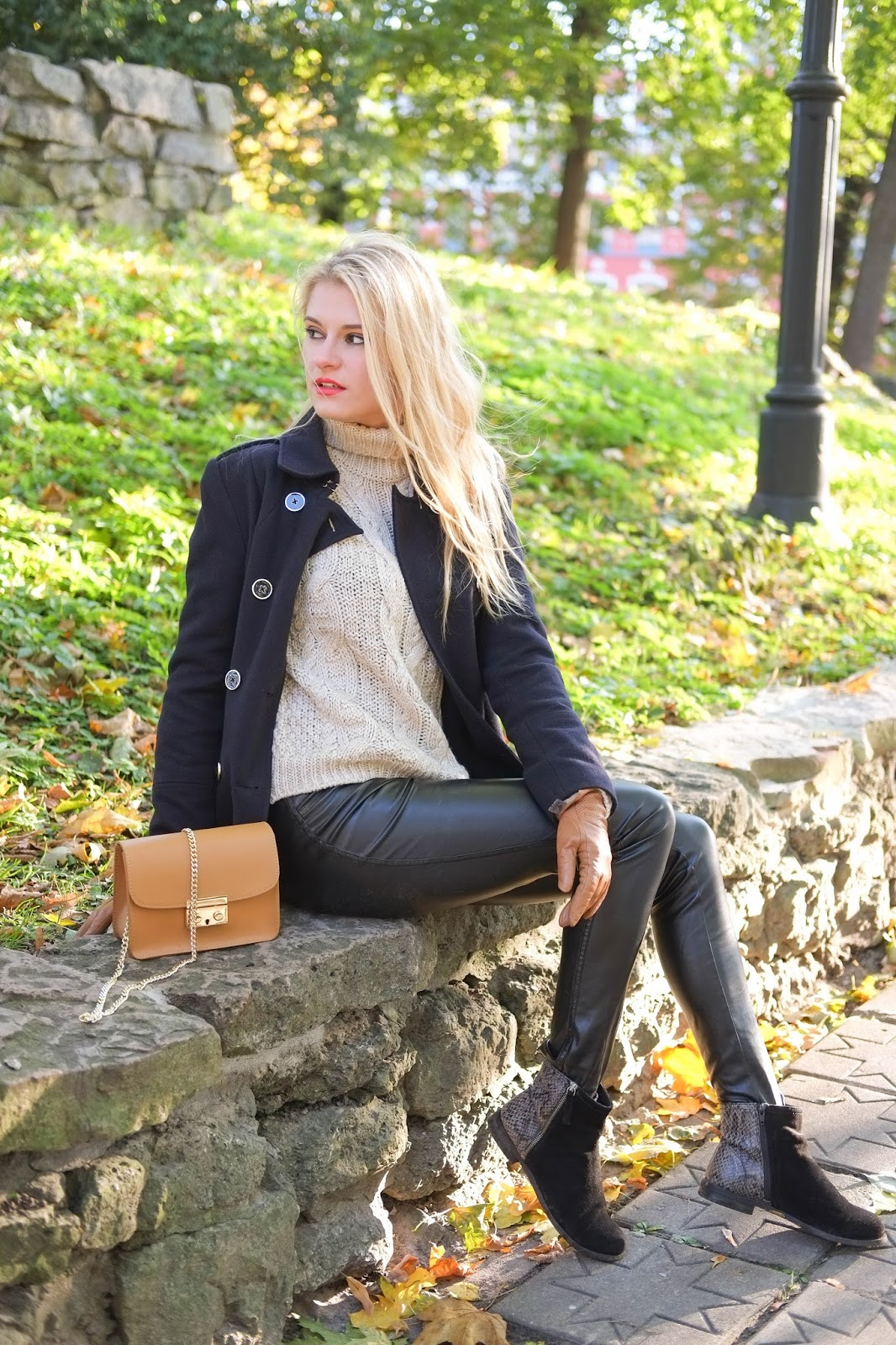 Autumn Outfit: French Chic